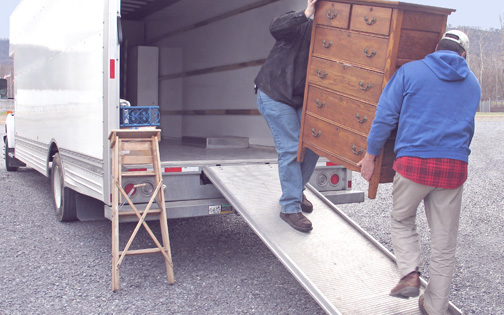 easy-move-in-truck